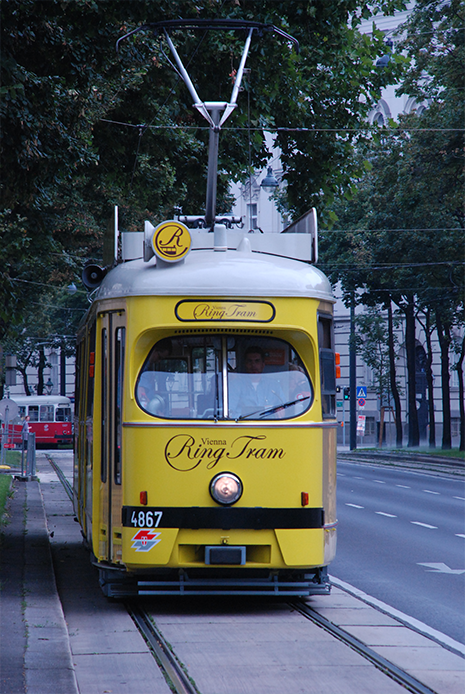 vienna-tram-klein