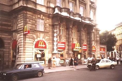 McDonald's Schwarzenbergplatz 1977